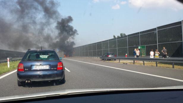 Pożar auta na autostradzie Kontakt24